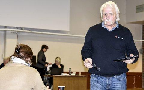NEDSTEMT: Einar Iversen (Frp) fikk 15 av 40 stemmer for forslaget om en samboergaranti i Notodden kommune.
