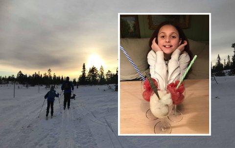 MORO FOR STORE OG SMÅ: Ta med deg litt av snøen inn etter en skitur i vinterferien. Har du saft i huset, kan du lage rask dessert av snø, slik Maren Dyrnæs (11) har gjort her.