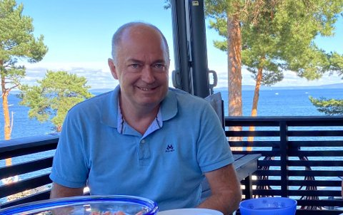 TYPISK SOMMER: Morten Stordalen tilbringer oftest sommeren hjemme i Vestfold.