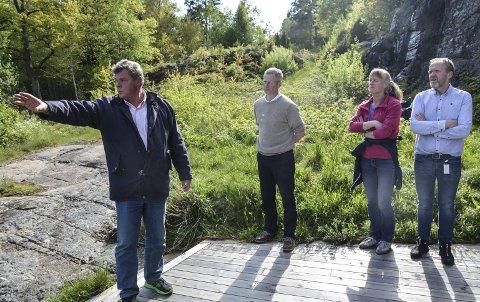 Befaring: I mai 2017 var planutvalget på befaring i Vakil. Fv Bertrand Marcussen, Knut Aall, Line Mørch og Vidar Engh. Arkivfoto