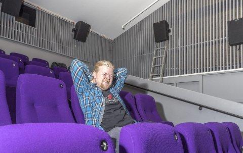 Godlyd: Steinar Husby ser fram til å høre den nye surroundlyden i Hovshall fredag.