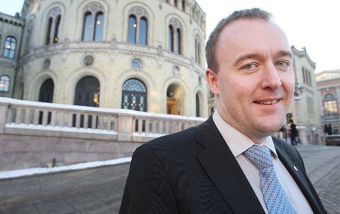 BREV: Etter å ha lest Avisa Nordlands artikkel om Bodil Bergs møte med Pasientreiser har Stortingspolitiker Eirik Sivertsen (Ap) tatt kontakt med helse- og omsorgsminister Bent Høie.