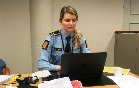 Politifullmektig Elisabeth Morstøl møtte mandag morgen i Bergen tingrett for å varetektsfengsle mannen som ble skutt i Lindås.