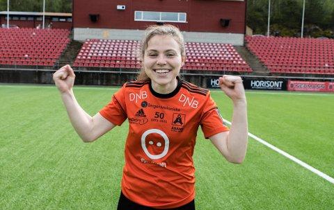 Anna Østrem scoret to mål i Åsanes 3-0-seier over Hønefoss.