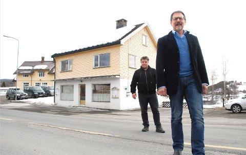Johannes Michielsen og Steinar Strøm (bak).