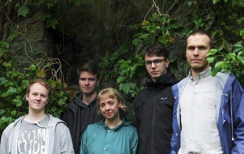 På turné: Klungre Kvintett er ute på turné, og torsdag 9. august kjem det unge bandet til Florø og samfunnshuset. (Pressefoto)