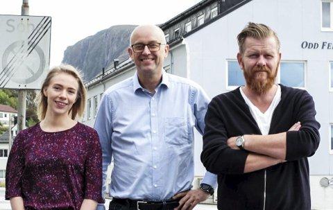 GLADE: Etter godkjent søknad får MMR Ocean Blue midlar til å forske på bl.a. biologisk, nedbrytbar plast. Frå venstre: Renate Rimstad Bøe, Trond-Inge Kvernevik og Trond Briskeby.