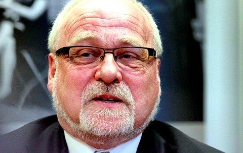 Biskop Atle Sommerfeldt skal tirsdag delta i åpent møte om innstramningene i asylpolitikken, et møte som SV arrangerer.