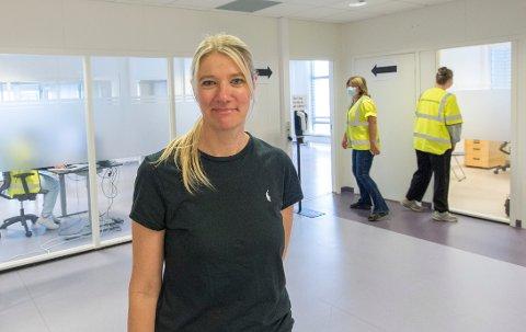 – Dessverre måtte vi destruere vaksiner i forrige uke, fordi de gikk ut på dato, sier Inger Johanne Bråten, leder av kommunens vaksinasjonssenter.