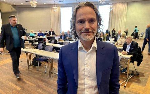 ATTRAKTIVT: – Det bør være svært attraktivt for selskaper som er avhengige av mye strøm å etablere seg i vår region, for eksempel et datasenter for lagring og administrasjon av servere i Bjerkvik, sier konsernsjef Eirik Frantzen. Foto: Morten I. Jensen