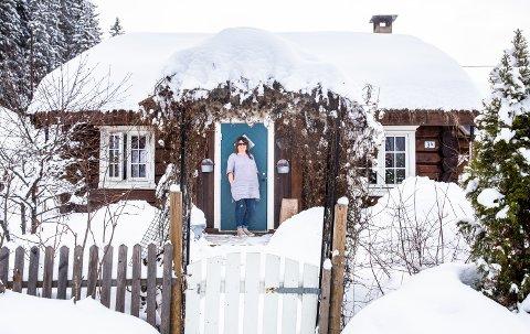 Hjemme hos Heidi Tofthagen i Ringebu. Sveip til høyre for å se flere bilder fra huset. (Sveip til høyre i toppbildet for å se flere bilder fra boligen.)