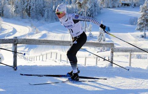 Emil Ottesen går fortere og hopper lenger enn tidligere.