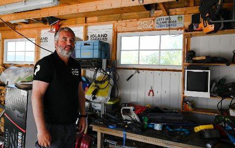 Kristian Lindstad skulle ta siste ryddesjauen i den nybygde garasjen da han fikk et kakk i hodet som snudde livet opp ned.
