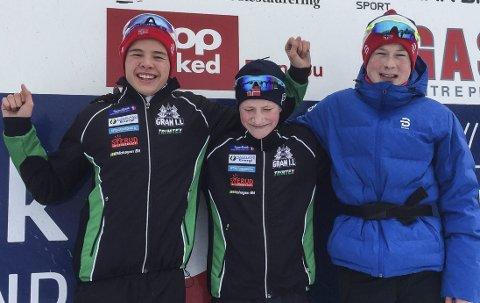 BLANDET: Even Hjelmås Molden (til venstre), Oskar Gisleberg og Bjarte Bjertnæs representerte Hadeland-klubbene i 15-årsklassen. Både Bjertnæs og Gisleberg har slitt med sykdom i vinter og var mellomfornøyd med egen innsats, mens Hjelmås Molden var fornøyd. Foto: Privat