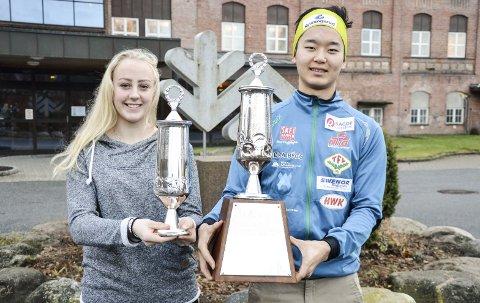 17-åringene Emilie Kruse Johansen, ishockeyspiller for Linköping og Norge U18, og Petter Stokkeland, langrennsløper og regjerende norgesmester for junior, er vinnere av tradisjonsrike Saugbrugs Ærespris for 2016. Æresprisen har vært utdelt siden 1948.Foto: Atle Wester Larsen