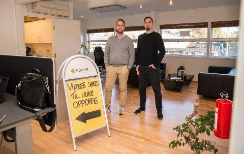 NYKOMMER: Partner Ola Stensrud Pedersen og daglig leder Martin Lahlum hos Sonar Bemanning i Hamar er klar for nye utfordringer.