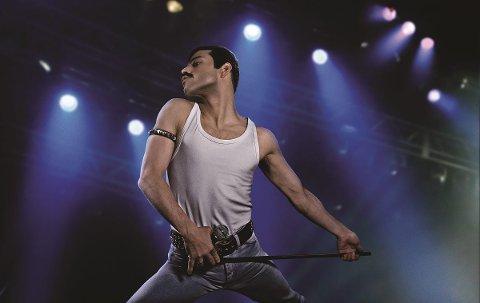 SUKSESS: «Boheimian Rhapsody» har trukket mange til kinosalene i desember og januar. Nå skal folk få synge til filmen.