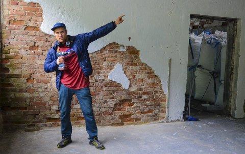Initiativtakar: Stian Christopher Viken flytta til Odda i 2013, og tok med seg bedrifta 3DClimb på flyttelasset. Til dagleg arbeider han med å konstruera grep til klatreveggar, og no vil han vekkja klatreinterressa til folk i distriktet ved å byggja eit buldrerom.