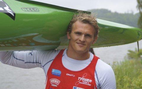 VM-klar: Men blir han OL-klar? Tirsdag reiste Lars Magne Ullvang til Milano i Italia. Der venter et svært viktig verdensmesterskap for den 21 år gamle tysværbuen.
