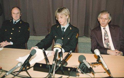 Etterforskningsledelsen: Politiet holdt pressekonferanse etter arrestasjonen av Birgittes fetter i februar 1997. F.v. politimester Karl Henrik Sjursen, politiinspektør Gro Rossehaug og taktisk etterforskningsleder Ståle Finsal fra Kripos.