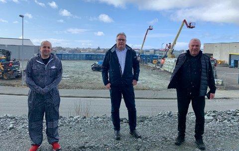UTVIDER: Daglig leder Øyvind Øvrebø i lakkeringsverkstedet MPS og daglig leder i Bavaria Haugesund blir leietakere i det nye bygget til Rolf Viksund og Haugaland Handelspark.