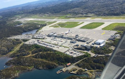 FLYPLASSEN: Tar grep for at flyplassen skal være i drift også når pandemien slipper grepet.