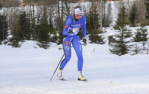SATSER: Hanna Bjørnli har fått en god start på livet som skigymnasiast og ser fram til at sesongen starter for fullt. Her er Hanna i aksjon i Hovedlandsrennet på ski siste sesong.
