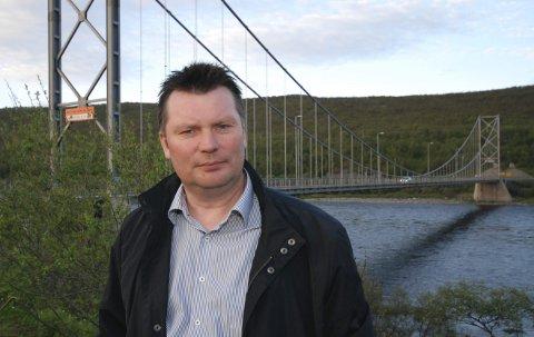 RETTSLIG VERN: LBT-leder Rune Aslaksen sier de har rettslig vern mot de store kuttene i fisketid som den nye Tana-avtalen har påført dem. Derfor går de til sak mot staten. Foto: Alf Helge Jensen