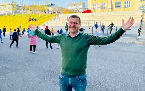 Geir Borch Karlsen lover nå å gi sin støtte til isidretten i Harstad.