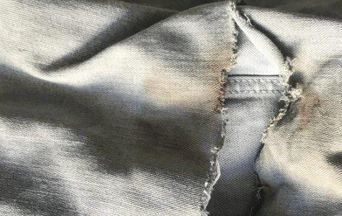 Knefall: Slik så buksa ut etter knefallet i asfalten (innfelt fra brannen i vogntoget).