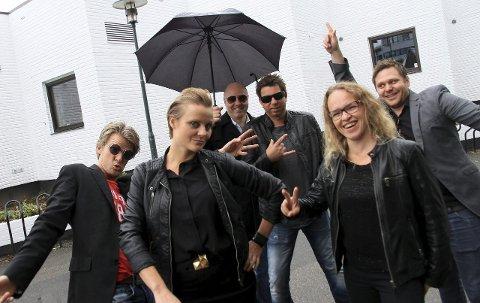 FUNKED UP: ENERGI: Funked up, lover å tømme dansbar rockefunk ut over Kongsberg fredag kveld.
