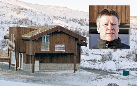 SKARPT: Vasstulan og daglig leder og medeier Einar Ro (innfelt) gjorde det skarpt i hyttemarkedet i 2017.