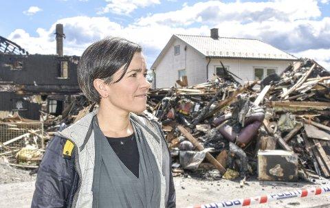 Sterke inntrykk: Ordfører Gunn Cecilie Ringdal sier det er umulig å ikke la seg påvirke av tragedien. Likevel har hun tro på at liungene er der for hverandre. Foto: Cecilie Johannessen
