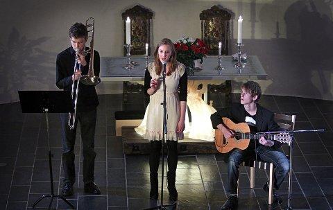 """Elever fra talentprogrammet """"Molto Musikk"""" ved Vestby Kulturskole fra en tidligere konsert i Såner Kirke."""