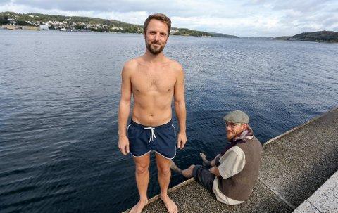 BAD OG BADSTUE: Kompisene Andreas Reijers (foran) og Martin Lundberg håper å åpne Moss kurbadstue i løpet av sommeren.