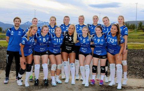 IMPONERENDE: BK Tromsø-kvinnene topper eliteserien i volleyball. Denne helgen er det imidlertid cupkamp som står på plakaten.