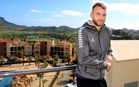 MER VOKSEN: Brage Berg Pedersen har allerede signert to proffkontrakter med TIL, men A-lagsdebuten kommer først i 2020-sesongen. Da ønsker han å gripe sjansen så godt at han tilbys enda en ny avtale og ikke må ut på klubbjakt neste år.