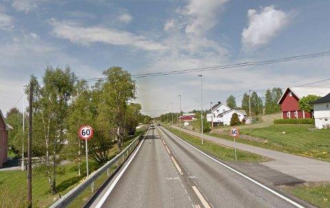80-SONE?: Statens vegvesen foreslår å høyne fartsgrense fra 60 til 80 på riksvei 4-strekningen forbi Blå Kors på Eina. Strekningen er om lag 300 meter lang.