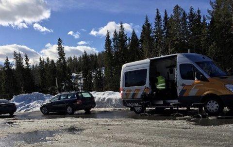 Ti kjøretøy ble avskiltet under kontroll på riksveg 4
