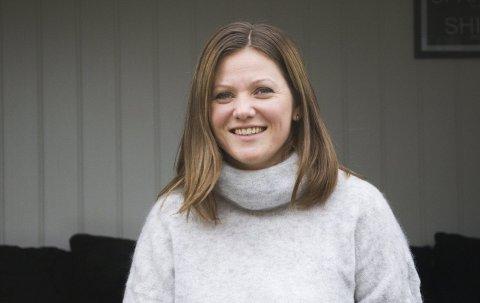 Mental coaching: Ieva Engdahl driver veiledning og mental coaching fra egne lokaler hjemme på Hem. – Løsningene problemene ligger som regel inne i en selv, men mange kan ha behov for hjelp til å finne fram, sier hun.foto: roger w. sørdahl