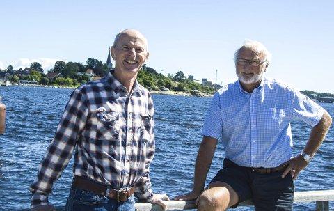 Seniorer: Bjørn Jeksrud (til venstre) og Jan Kaasa representerer seniorgruppa i Larvik og Omegns Turistforening. De har jobbet med Bystien som åpnes fra Lovisenlund                  2. pinsedag.foto: roger w. sørdahl