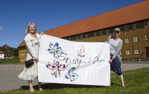 Klart til Barnas dag: Iselin Stokke Monsen (til venstre) og Mona Nordang er klare til å arrangere Barnas dag på Fredriksvern verft lørdag. I fjor samlet de inn 60.000 kroner til Landsforeningen uventet barnedød.foto: roger W. sørdahl