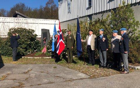 FRIGJRØINGS- OG VETERANDAGEN: Viktig dag med viktig markering på Lovisenlund. Flere veteraner og mange medlemmer av NVIO sto oppstilt for feiringen/minnesmarkeringen lørdag morgen.