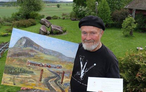 GAVE: Knut Larsson i Gjesåsen ønsker å overrekke dette maleriet fra Sikkilsdalen til kongeparet under hagefesten på Maihaugen.