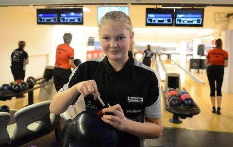 GOD I SVERIGE: Solør BKs damelag hadde fri fra seriespill i helga. Den anledningen benyttet unge Jenny Mathiesen til å gå til finalen i en stor svensk kvinneturnering.