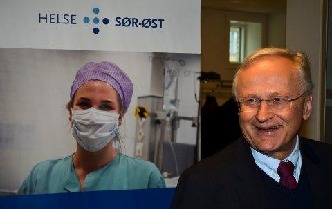 KLAR BESKJED: Styreleder Svein I. Gjedrem i Helse Sør-Øst kom med en klar beskjed til fylkestinget om at det ikke er noen tvil om at det skal bygges et nytt hovedsykehus i Innlandet.