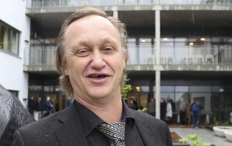 VIL BYGGE SEG NYTT BYGG: Tor Arne Ursin og Grenland Friteater har behov for større plass, og ser for seg å bygge seg et nytt hus i Porsgrunn.