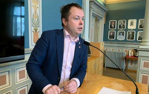 INFORMERER: Ordfører Kåss styrer koronainformasjonen.