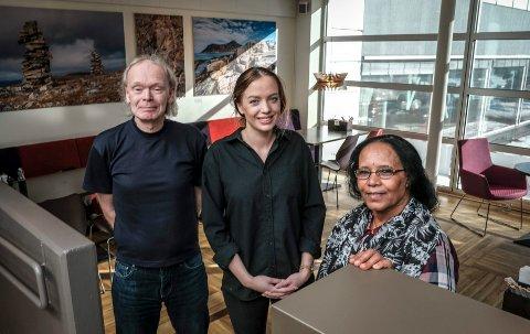 Mibrak Habtetsien, Siri Skaug og veileder Charles Stenhaug i Driv Karriere på Tinde kafe.