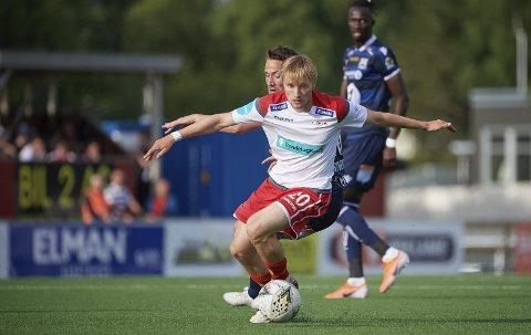FRA START: Adrian Olsen Teigen har slitt med å komme på startelleveren til Levanger FK. Nå er han der - og da har 2. divisjonslaget begynt å vinne.
